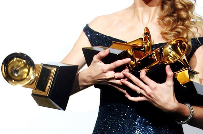 arm-full-of-grammys-4-650-430